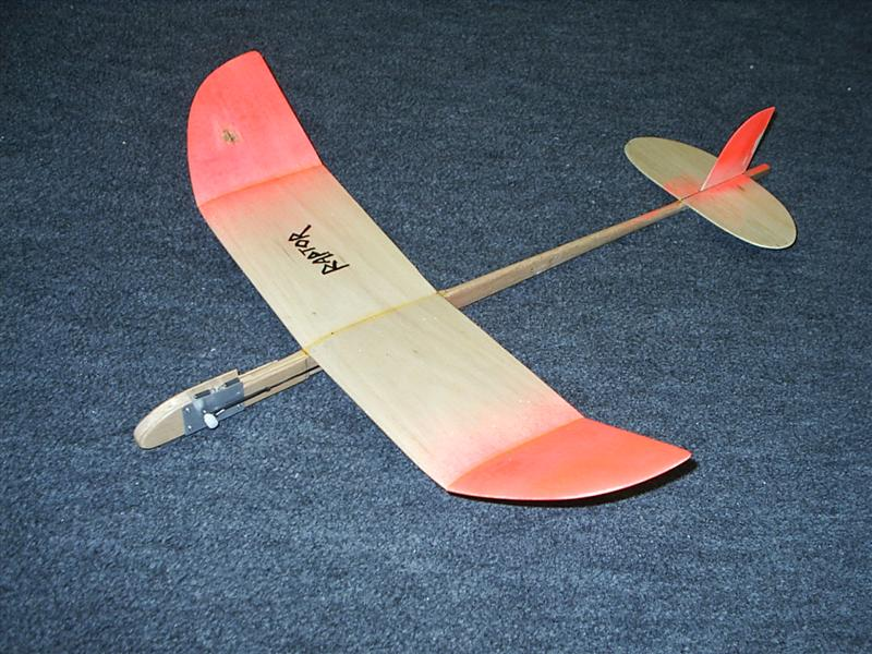 The Raptor 18 Inch Catapult Glider Soar